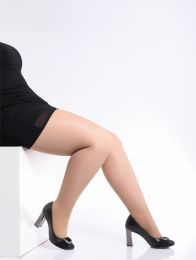 grote maat panty met kort been van Giulia